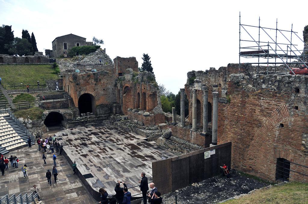 amphittheater - von der seite - taormina 2015 (04)