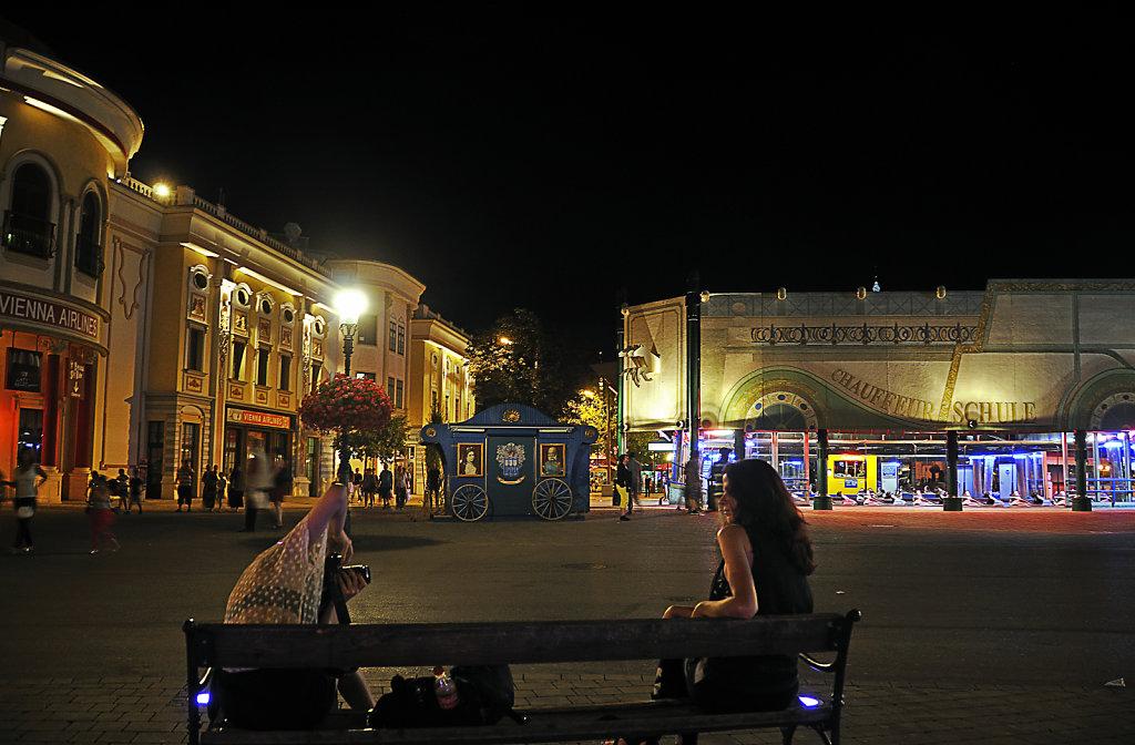österreich - wien - night shots – prater -  fotoshooting