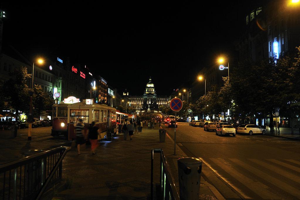 tschechien - prag - night shots - wenzelsplatz teil 5