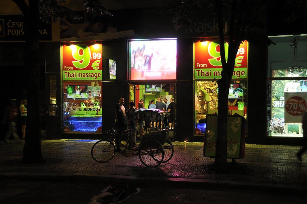tschechien - prag - night shots - wenzelsplatz teil 8