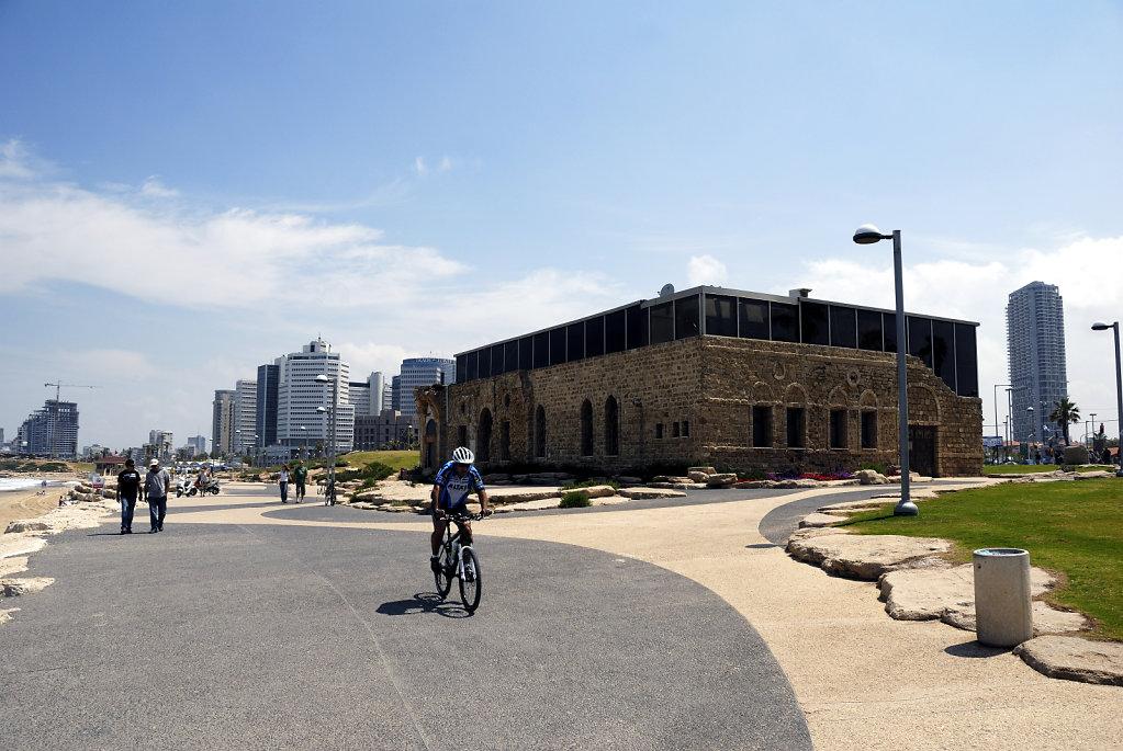 israel – tel aviv - etzel museum
