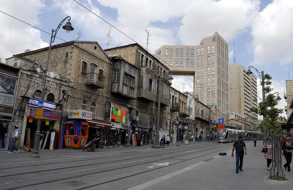 israel – jerusalem - jaffa street – alt und neu