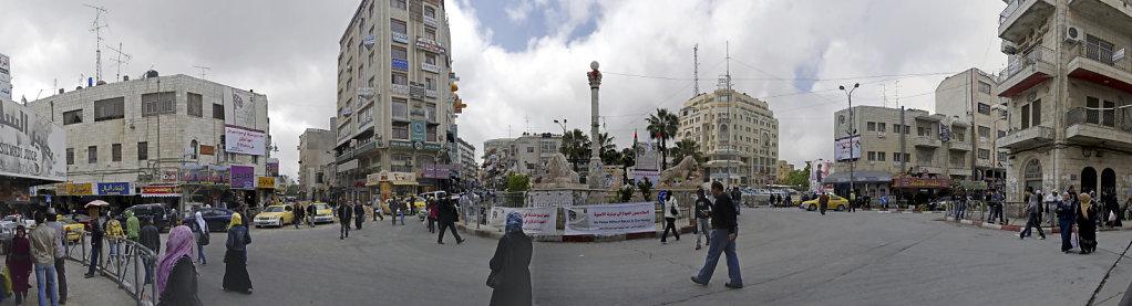 palästina- ramallah - al-manarah-platz - teilpanorama