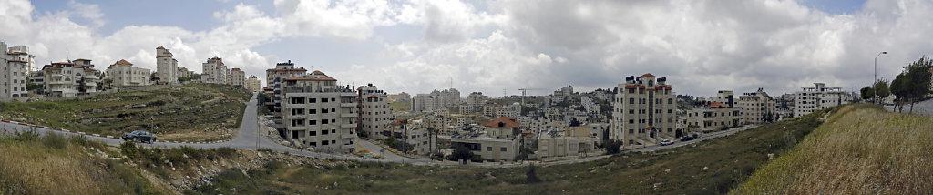 palästina- ramallah - wildwuchs -  teilpanorama