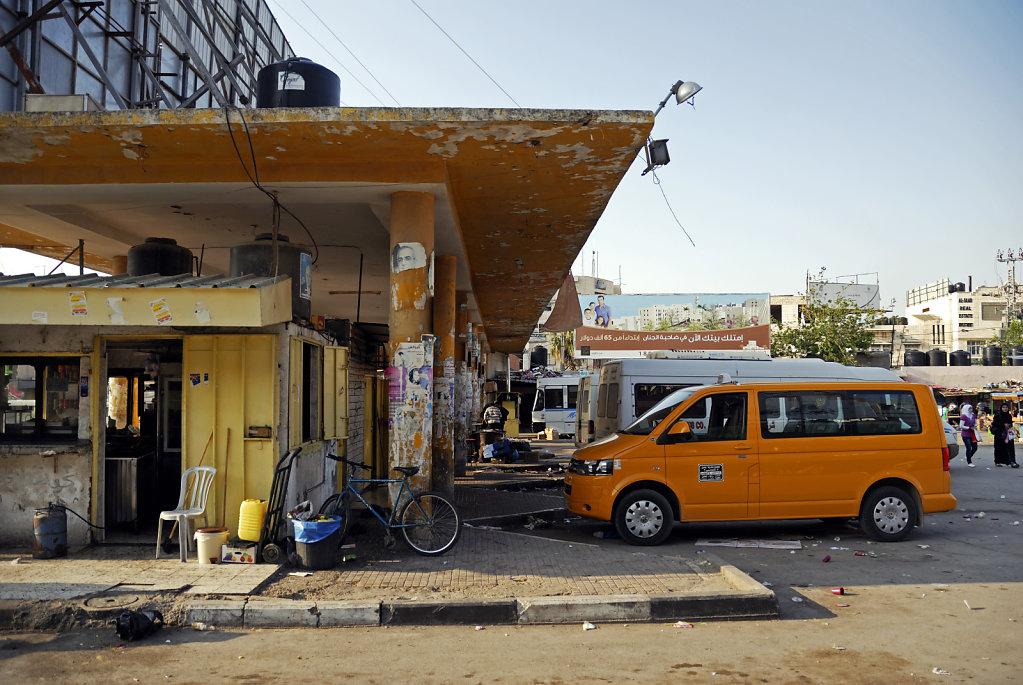 palästina- jenin - auf dem busbahnhof teil 2