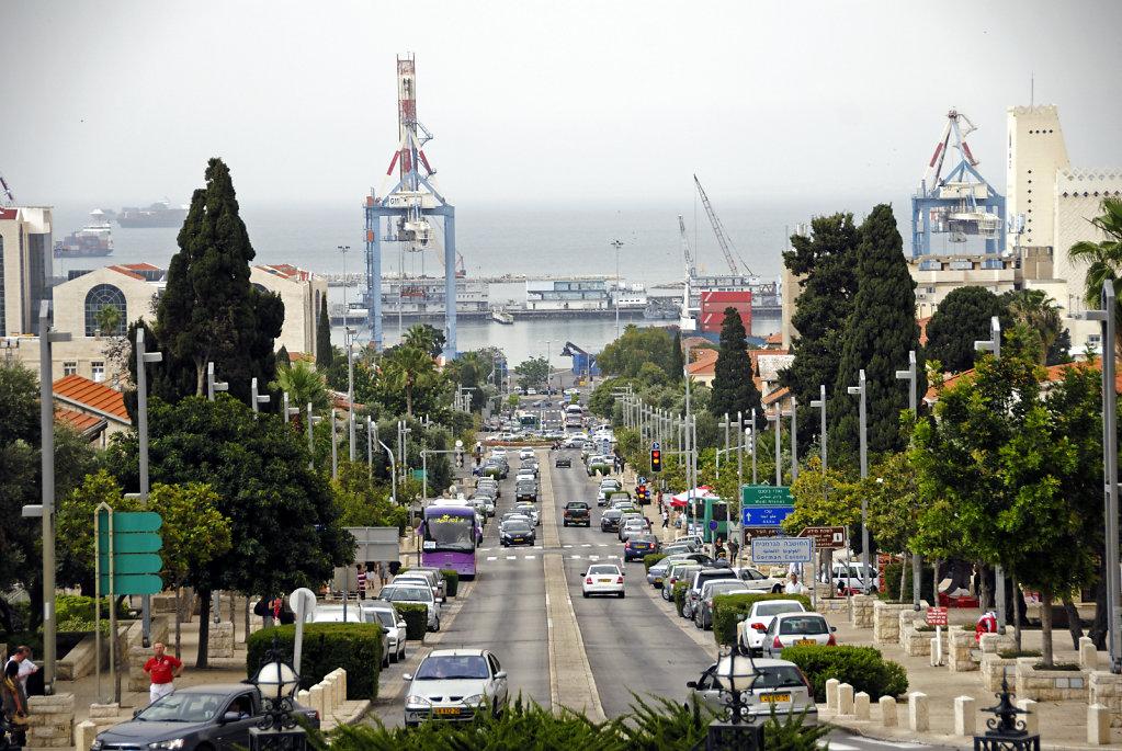 israel – haifa - ben gurion avenue