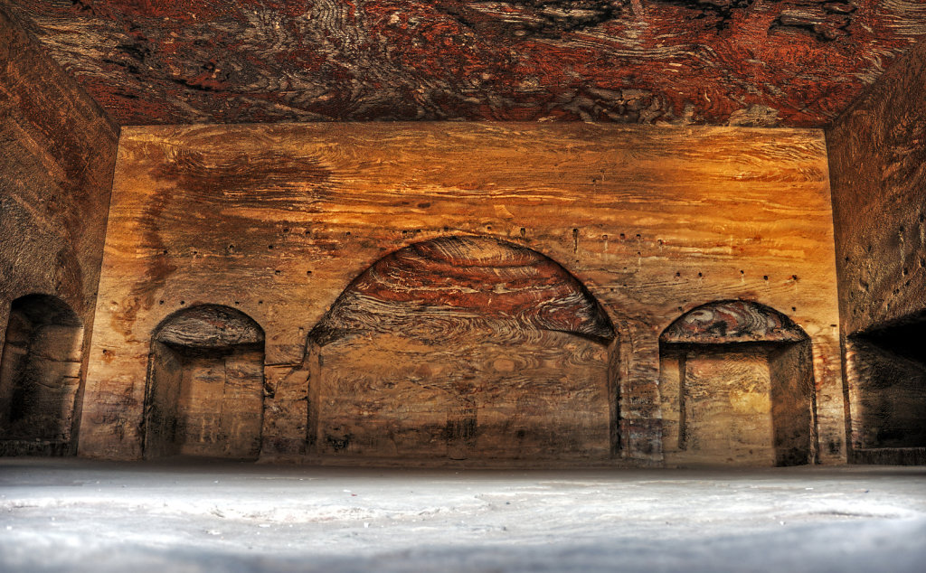 jordanien - petra - das urnengrab - innenansicht teil 2