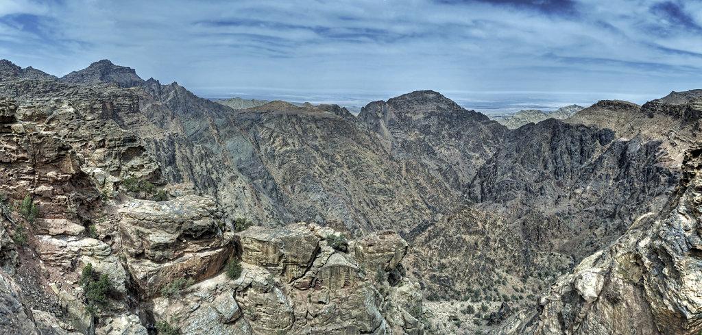 jordanien - petra - blick über die berge