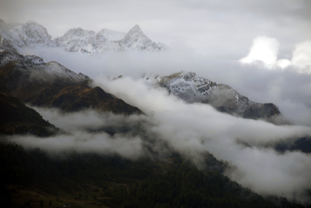 schweiz - gotthardpass - die berge