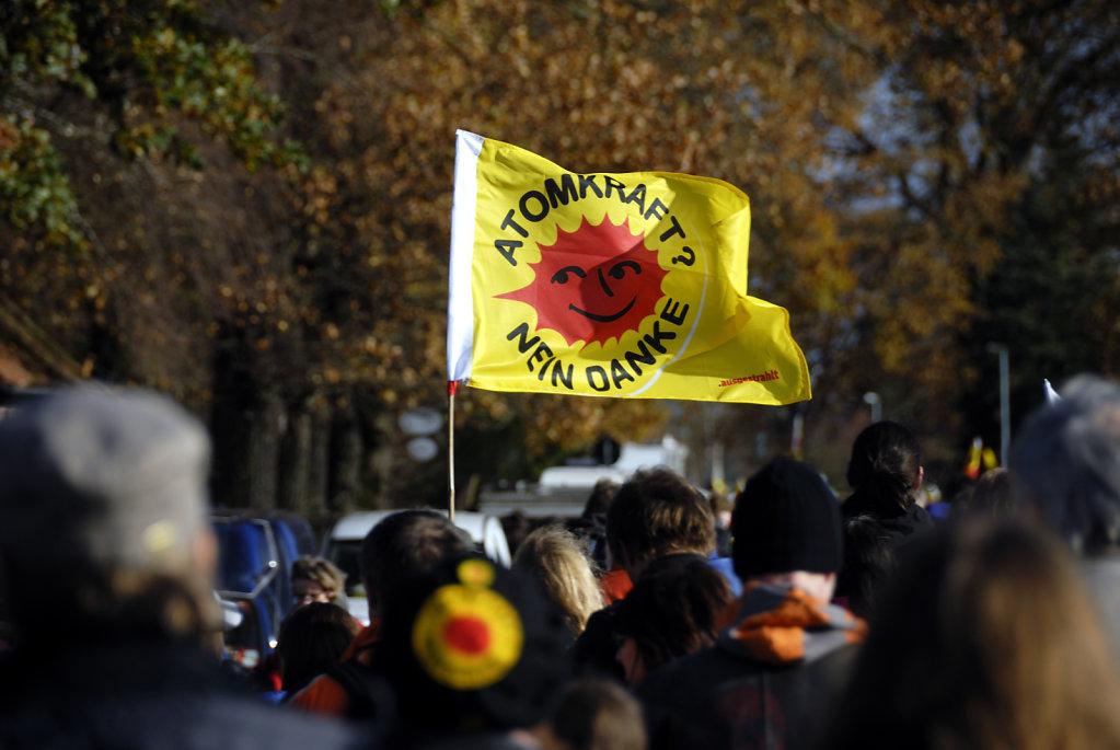 castor november 2010 –  die kundgebung (03)