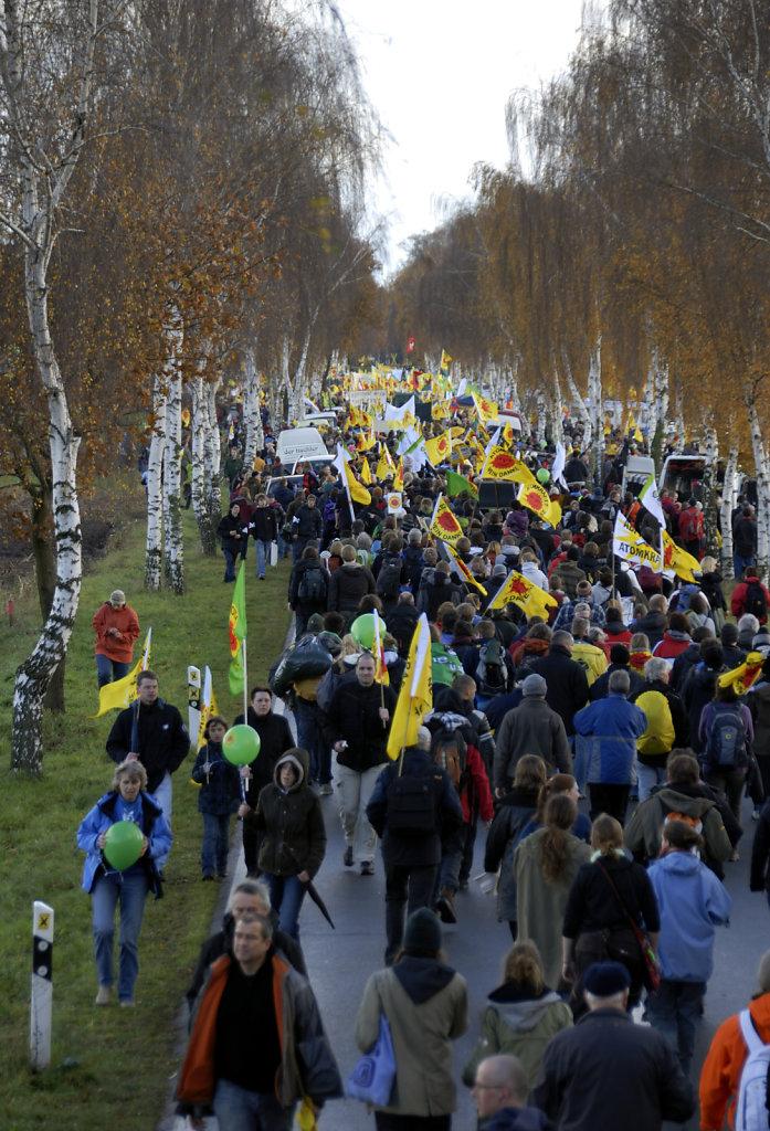 castor november 2010 –   die kundgebung (04)