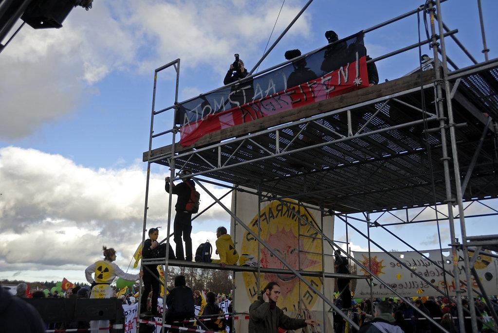castor november 2010 –   die kundgebung (06)