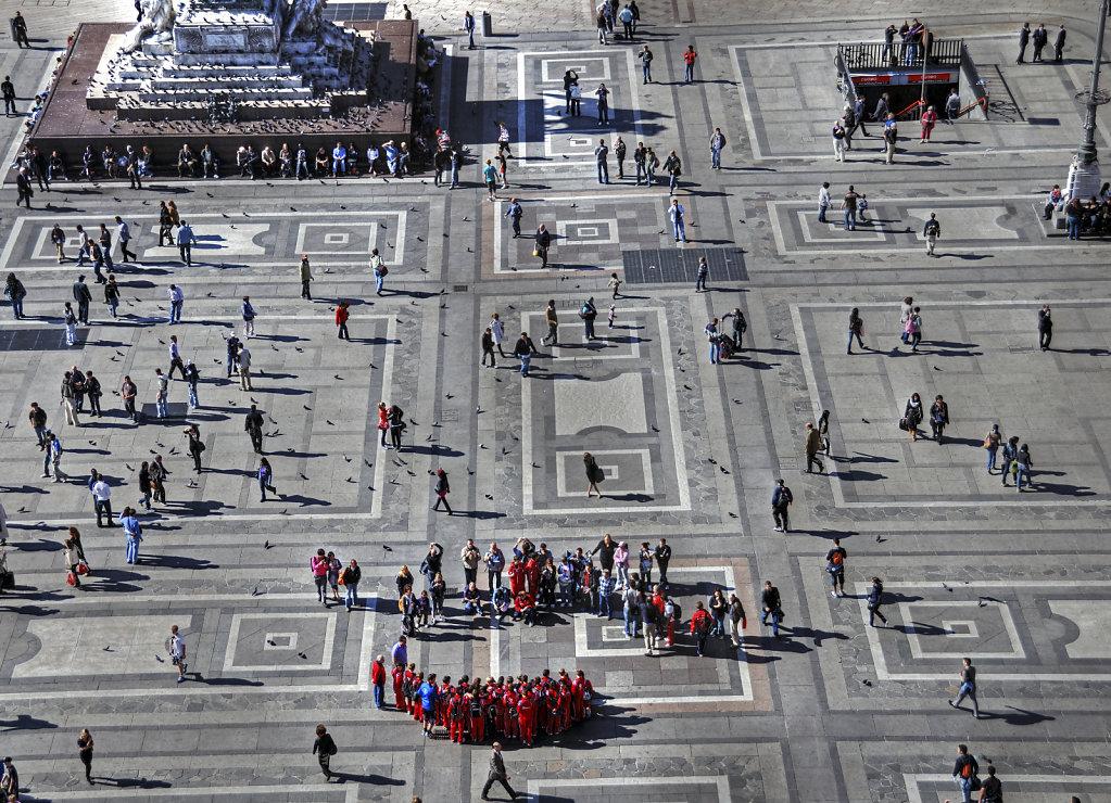 mailand (18) - piazza del duomo / domplatz (04)