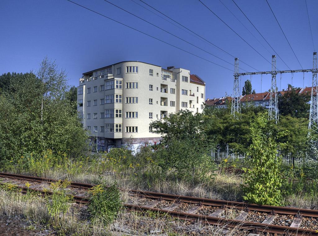 berlin friedrichshain - umspannwerk revaler straße