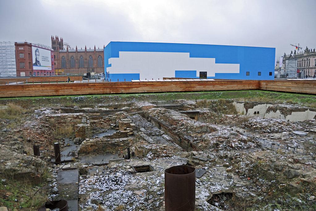 berlin mitte - schloßplatz - ausgrabungen