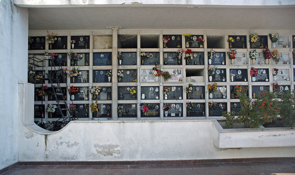 salent (73)   - friedhof / cimitero teil fünf
