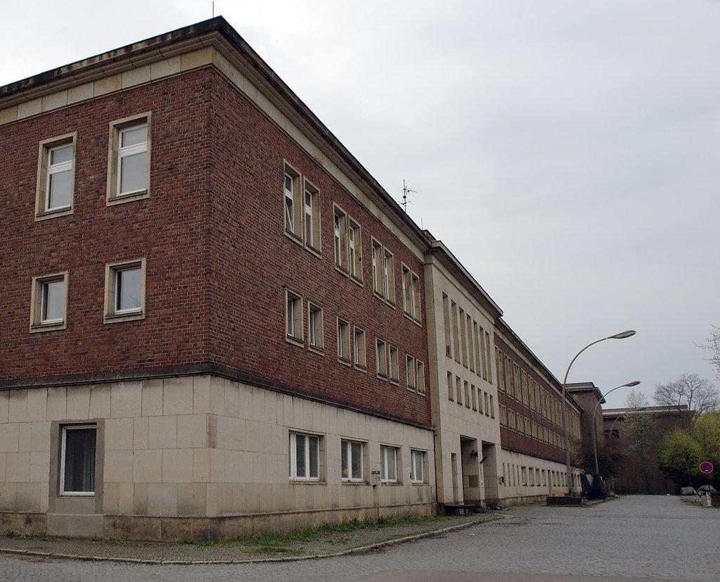 nalepastraße (2)