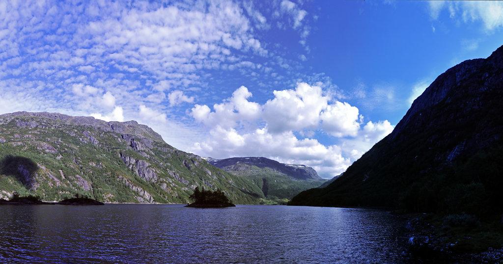 norwegen (26) -  røldalsvatnet teilpanoirama