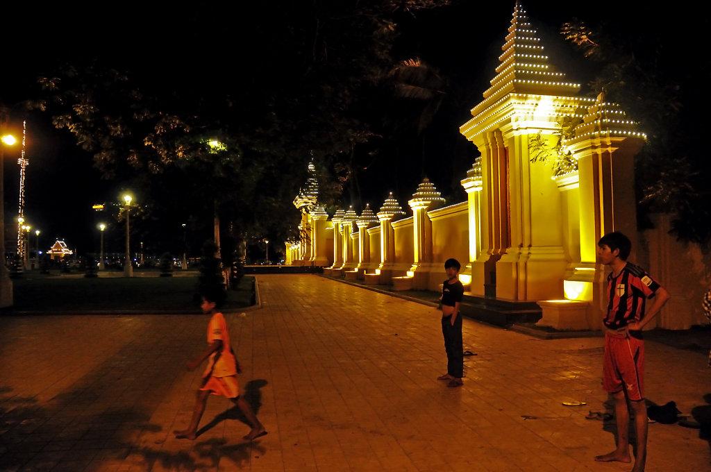 kambodscha - phnom penh - nachts (15)