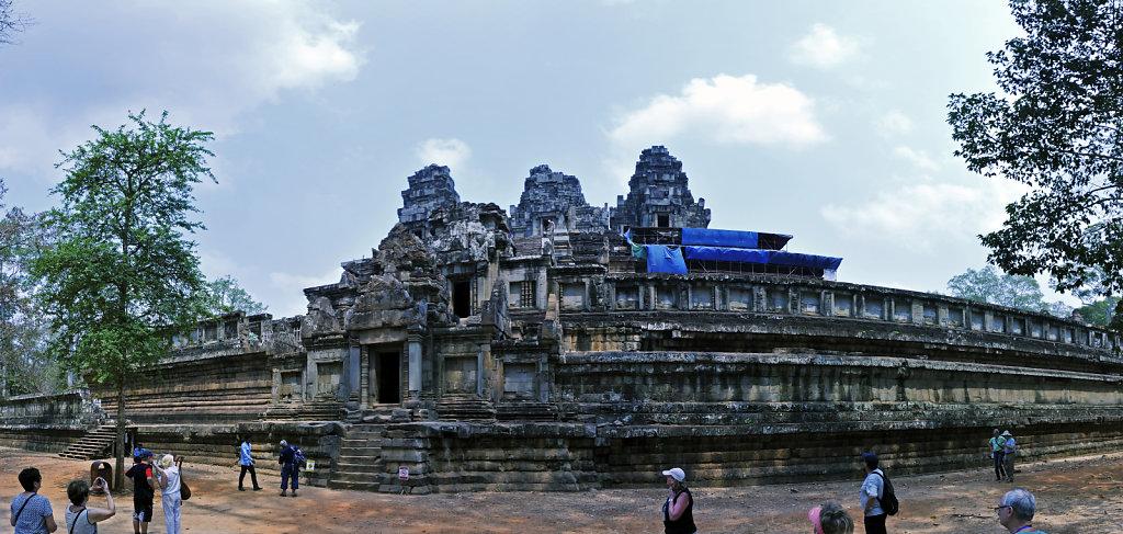 kambodscha - tempel von anghor - ta keo (04) - teilpanorama teil