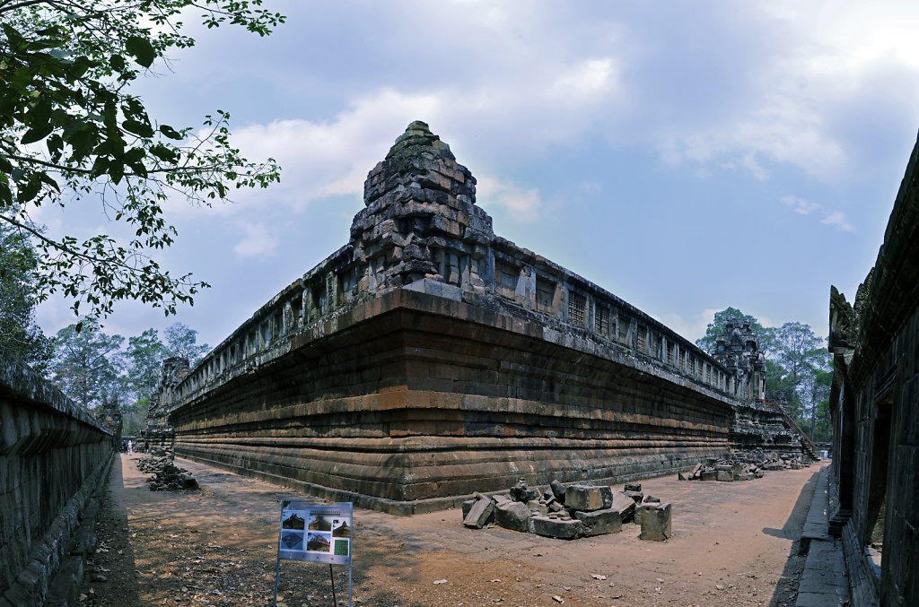 kambodscha - tempel von anghor - ta keo (09) - teilpanorama teil