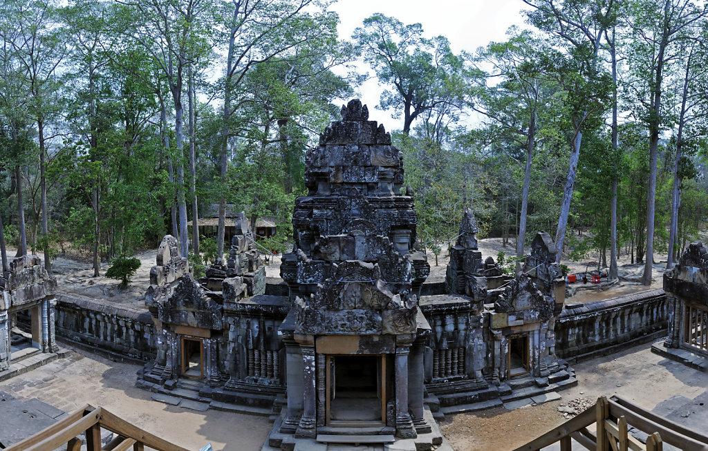 kambodscha - tempel von anghor - ta keo (10) - teilpanorama teil