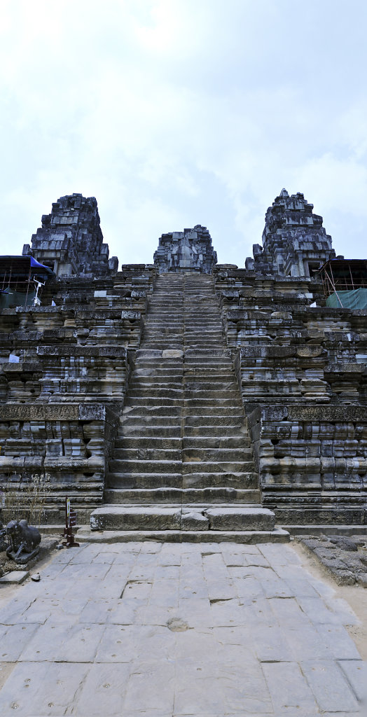 kambodscha - tempel von anghor - ta keo (13) - teilpanorama teil