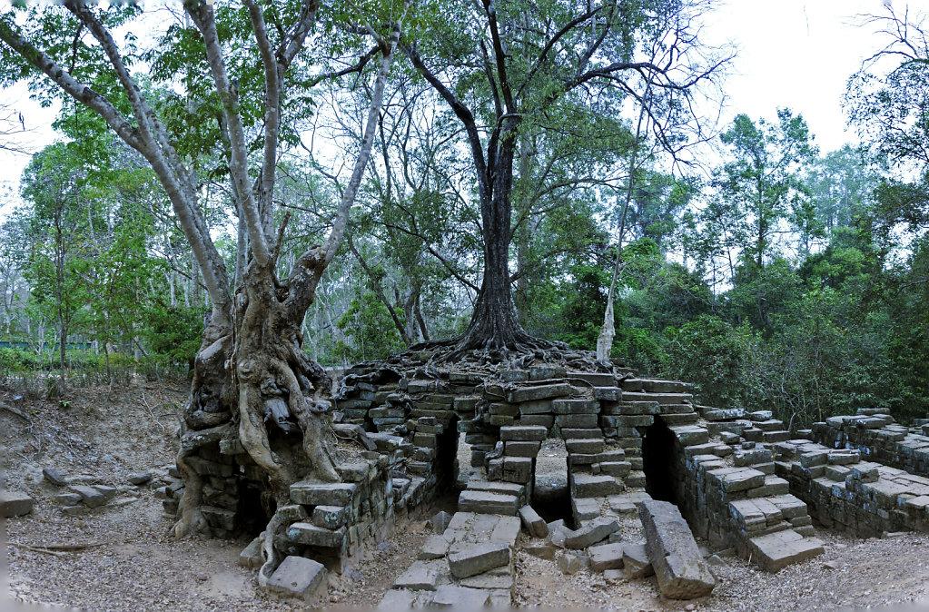 kambodscha - tempel von anghor - ta keo (28) - teilpanorama teil