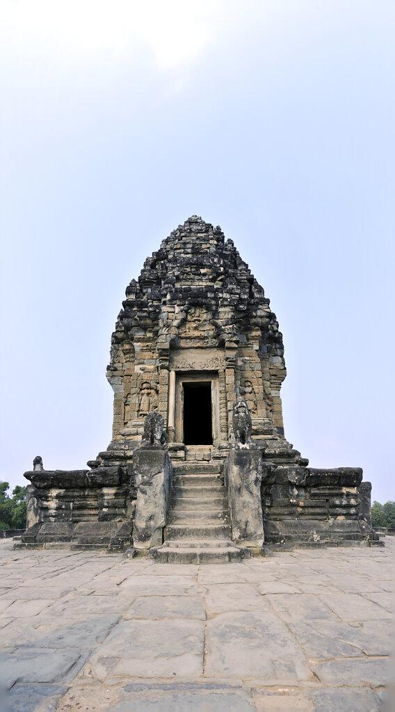 kambodscha - tempel von anghor -  bakong teilpanorama teil acht